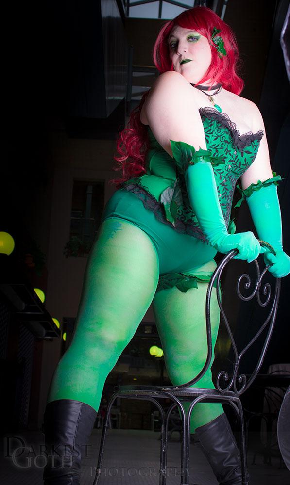 Alecia Cosplay: Poison Ivy 2