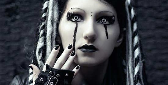 From Russia with Love: In-Depth Spotlight with our 2016 DarkestGoth Girl, Parket [INTERVIEW]