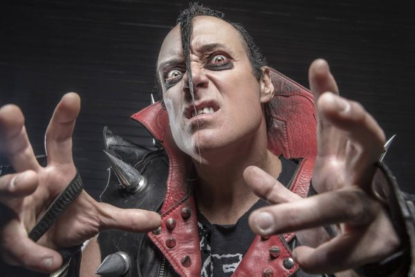 Jerry Only: vocals, bass and one of the original founding members.