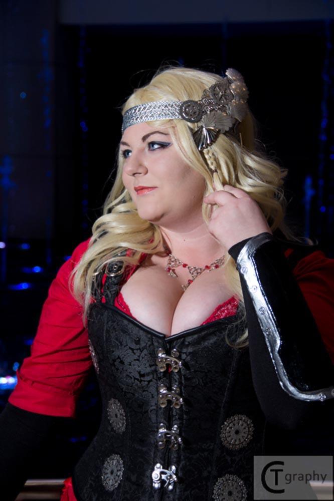 Steampunk Lady Thor 2